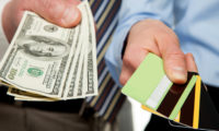 За и против: кредитная карта или потребительский кредит?