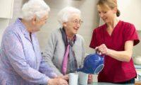 Уход за пожилыми родителями и проблема совместного проживания