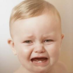 Почему ребенок плачет?