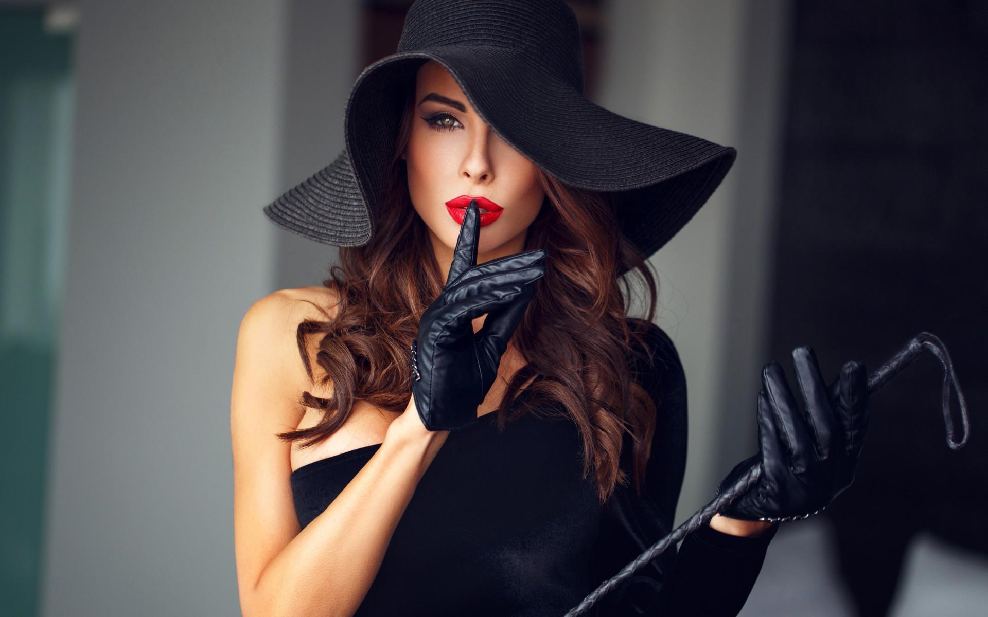 Подбираем женский головной убор- все дело в шляпе